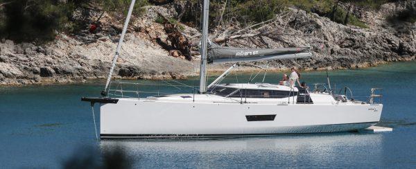 elan-gt5-sailing-boat-4