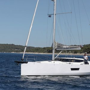elan-gt-5-luxury-sailing-boat-5