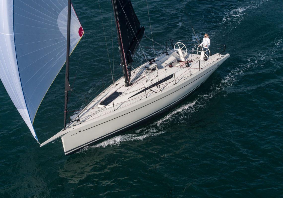 italia-yachts-11-98-bellissima-esterni-97